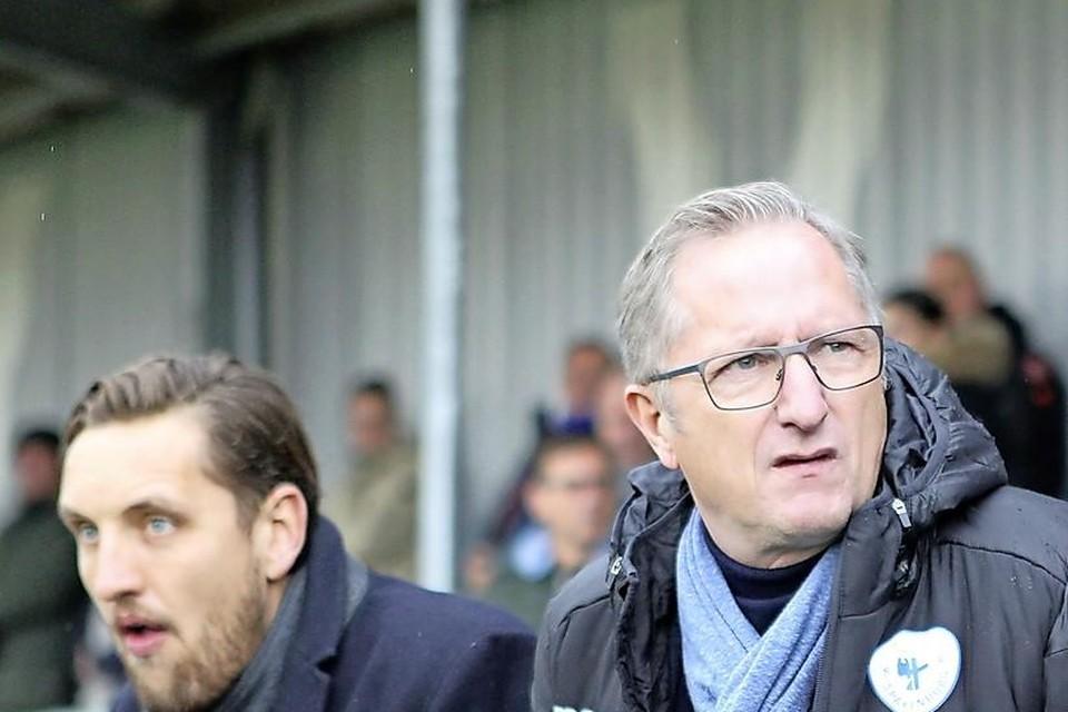 Spakenburg-trainer Eric Meijers was verre van te spreken over de wanvertoning van zijn ploeg in de eerste helft tegen OFC.