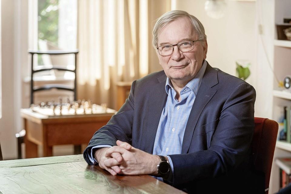 """Arts-epidemioloog en trombose-expert Frits Rosendaal verbonden aan het LUMC: ,,Versoepelen is bloedlink."""""""
